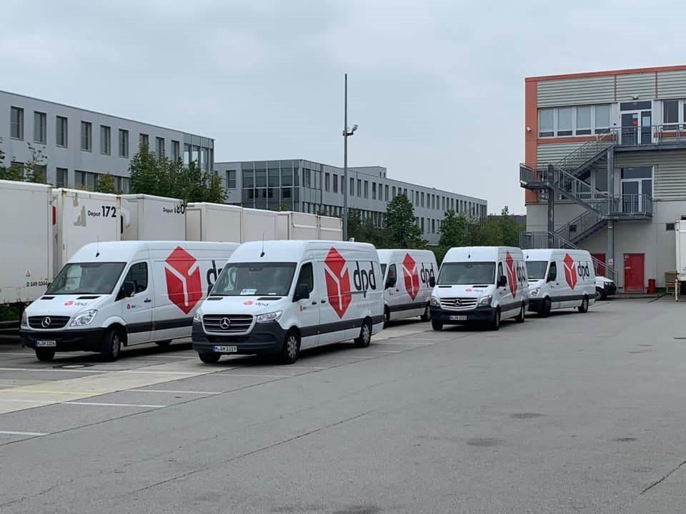 Darbas vairuotojams(B) kurjeriu tarnyboje Vokietijoje.