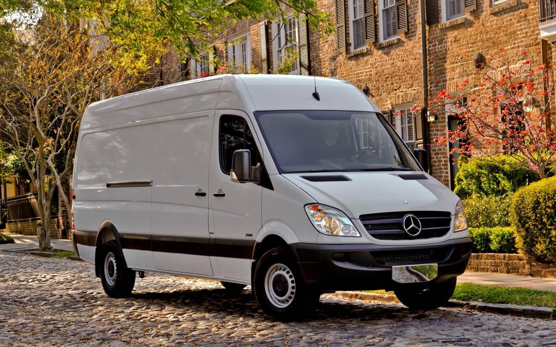 Kiekvieną savaitę mikroautobusu į ir iš: Lietuvos, Vokietijos ( Berlynas ; Hamburgas ; Miunchenas ; Brėmenas ; Frankfurtas prie Maino ; Kelnas ; Dresd