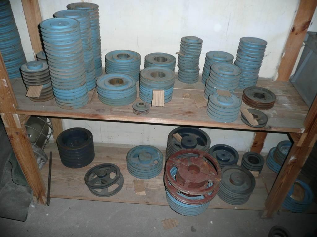 Naujos ir naudotos staklių detalės, cilindrai, skriemuliai, grandinės patraukliomis kainomis