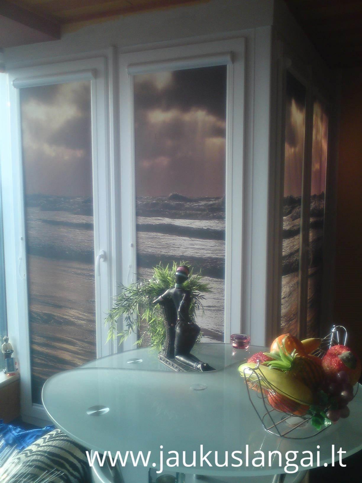 Žaliuzės,roletai,fotoroletai,markizės,langai